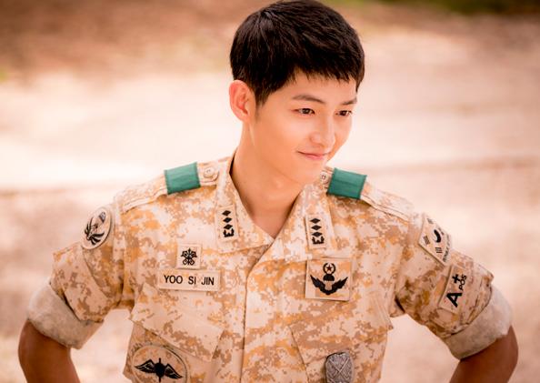 song-joong-ki-stars-in-descendants-of-the-sun-alongside-song-hye-kyo