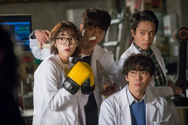 korean-drama-recap-im-not-a-robot-side-characters